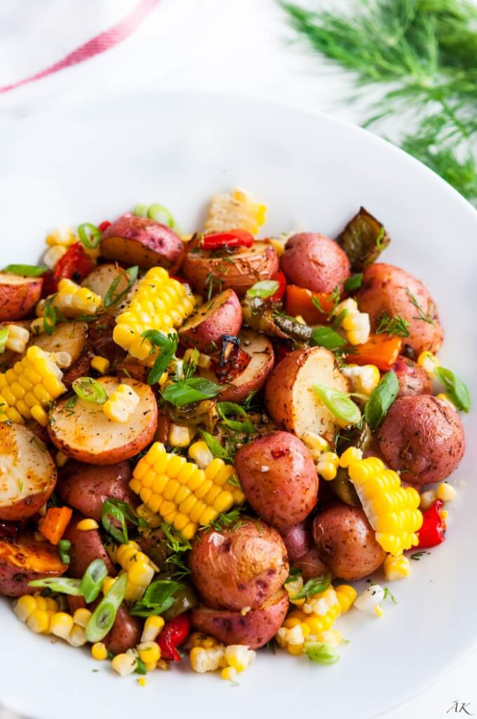Vegan Southwest Roasted Potato Salad   The Green Loot #vegan #healthy