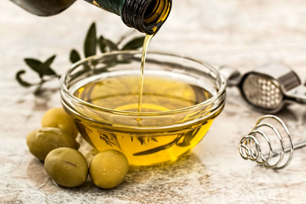 Weight Loss Myths oil