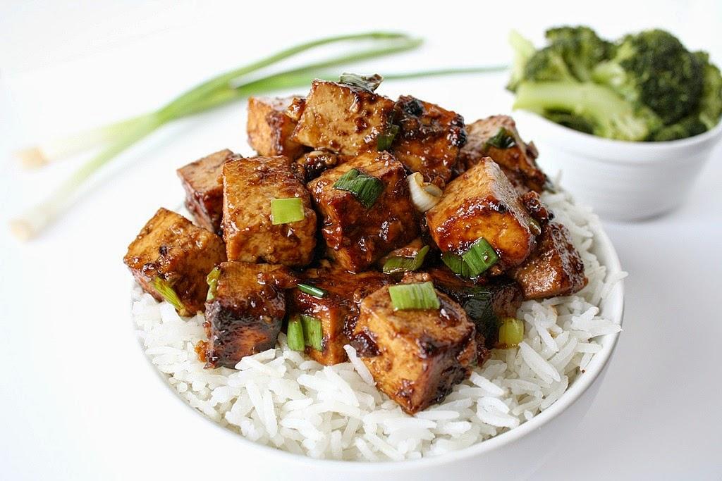 Vegan Garlic Tofu with Rice