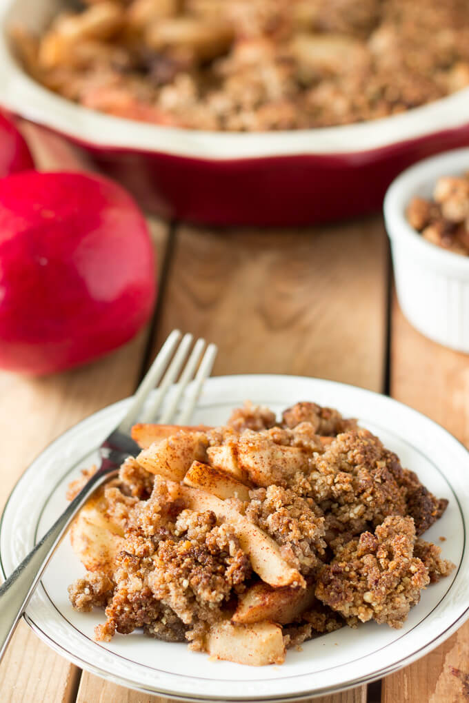 Vegan Maple Pecan Apple Crisp