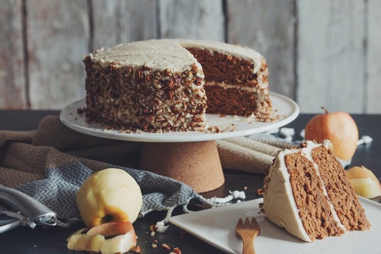 Vegan Apple Spice Cake with Maple Buttercream