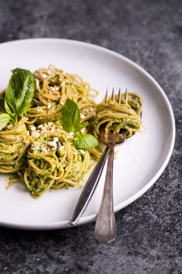Vegan Basil and Avocado Pesto Pasta (Oil-free)