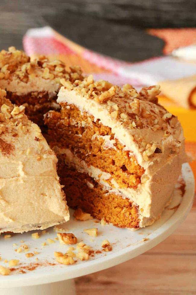 Pumpkin Cake with Cinnamon Buttercream