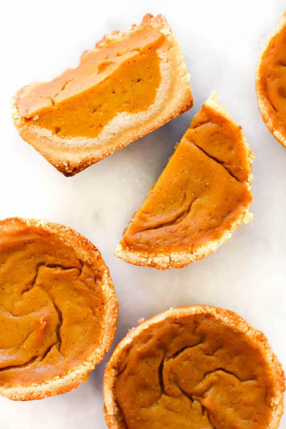 Vegan Grain-free Pumpkin Pie Cups (Vegan Pumpkin Recipes)