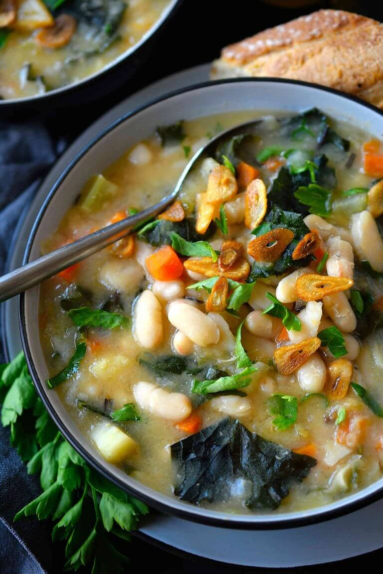 Vegan White Bean and Kale Soup
