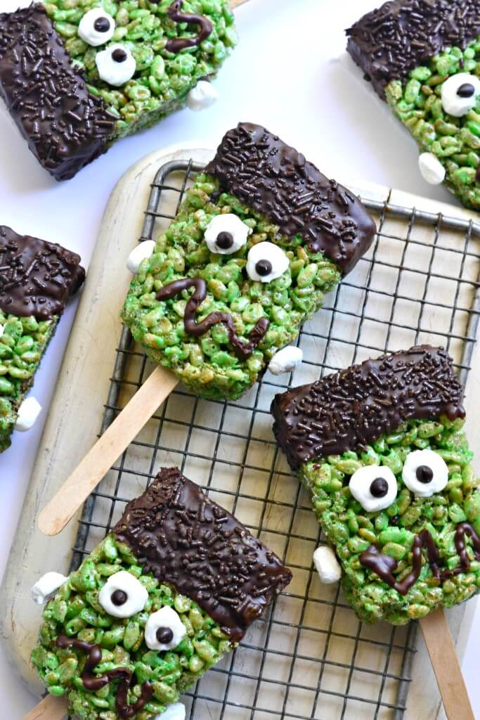 Vegan Frankenstein Brown Rice Krispie Treats // Vegan Halloween Treats, Snacks, Recipes
