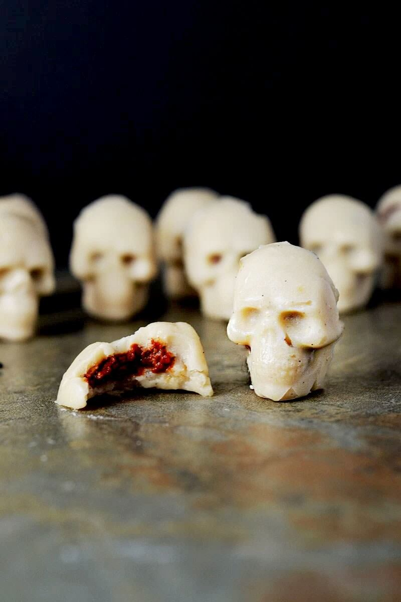 Vegan Candy Skull Crushers // Vegan Halloween Treats, Snacks, Recipes