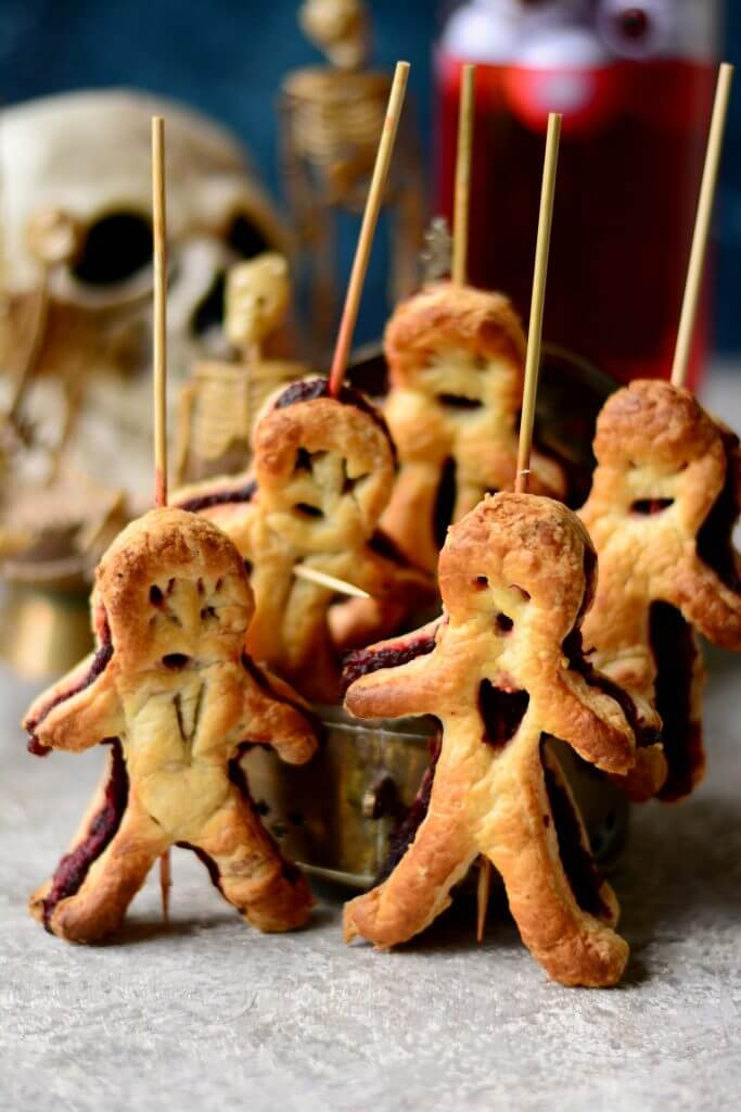 Vegan Pastry Voodoo Dolls // Vegan Halloween Treats, Snacks, Recipes