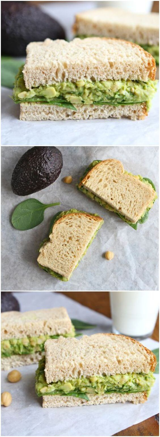 Vegan Smashed Chickpea & Avocado Salad Sandwich // All those healthy fats in the avocado and the fiber in the chickpeas will provide you with the feeling of perfect fullness. | The Green Loot #vegan #lunch