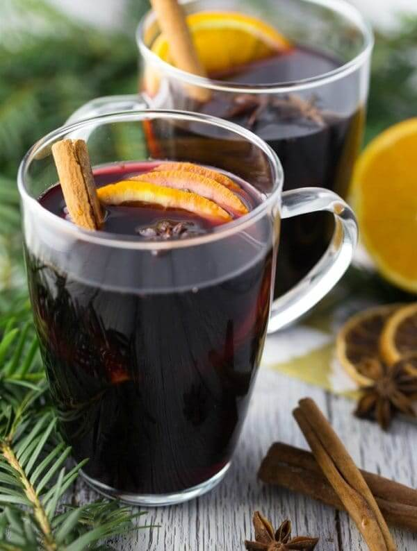 Vegan Spiced Mulled Wine