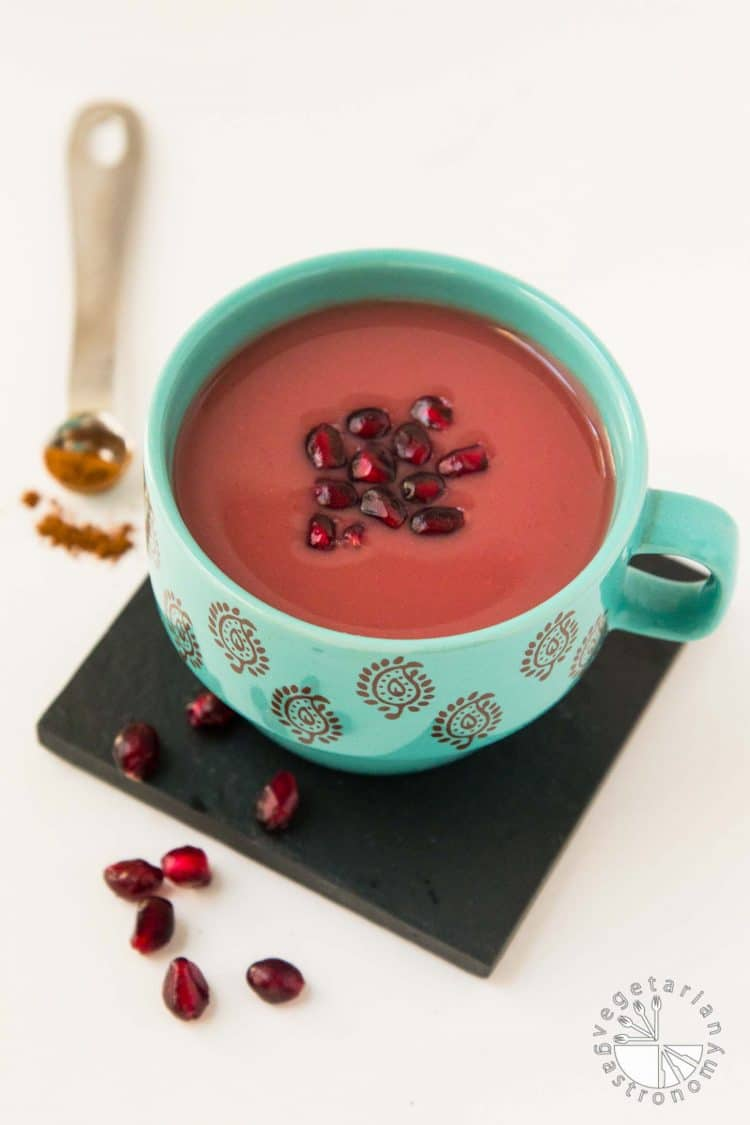 Warm Cinnamon Spiced Pomegranate Juice