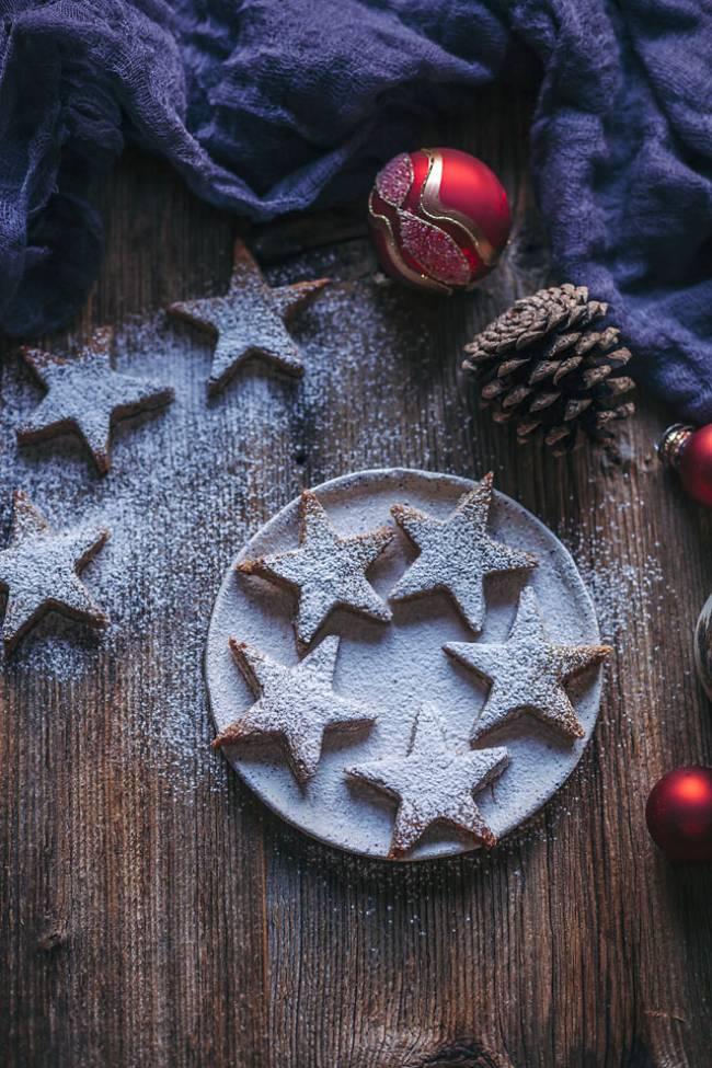 Almond Cinnamon Christmas Cookie Stars (gluten-free)