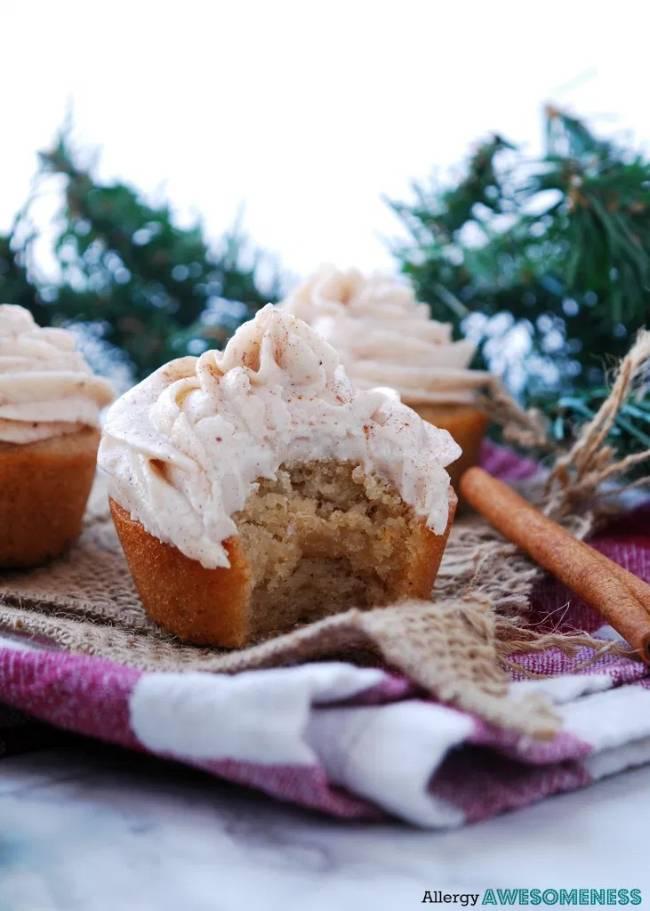 Eggnog Cupcakes with Eggnog Frosting
