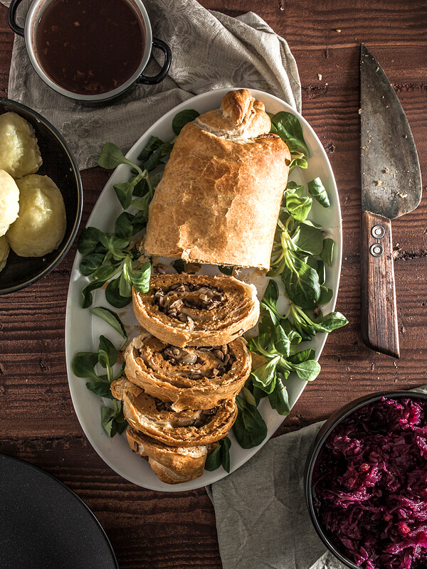 Stuffed Seitan Roast in Puff Pastry