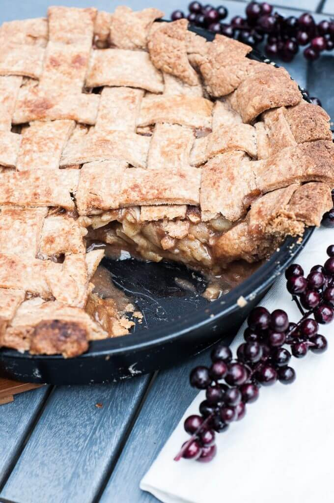 Vegan Whole Wheat Apple Pie