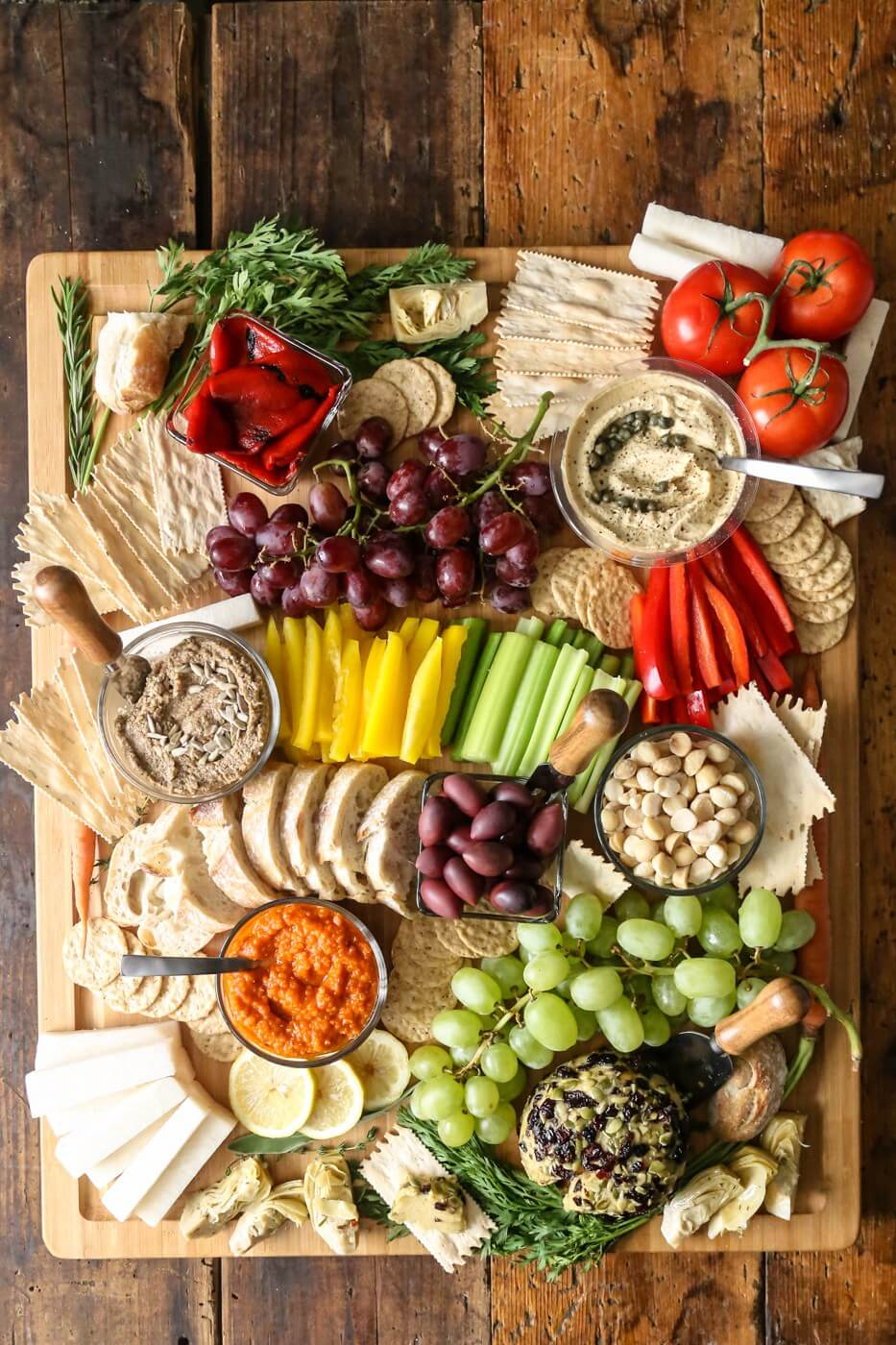 Vegan DIY Charcuterie Board // If you are struggling to come up with creative and filling dinners, we suggest you try creating cheese platters a few times week. You will be surprised how filling and satisfying they are. | The Green Loot #vegan #dairyfree