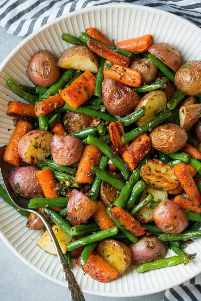 Garlic Herb Roasted Potatoes, Carrots and Green Beans