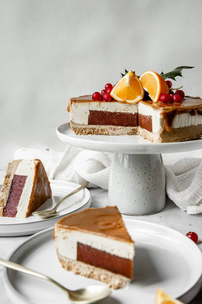 Gingerbread Cranberry Orange Cheesecake