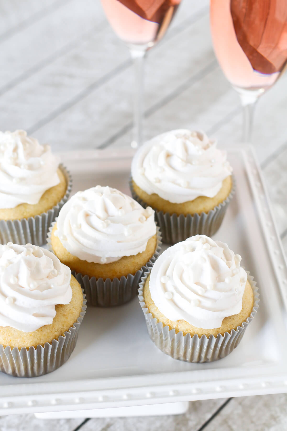 Vegan Champagne Cupcakes (gluten-free) // We say that if you love champagne, you must make these cupcakes. So luscious and just a tad bit boozy, the perfect party dessert. | The Green Loot #vegan #partyideas