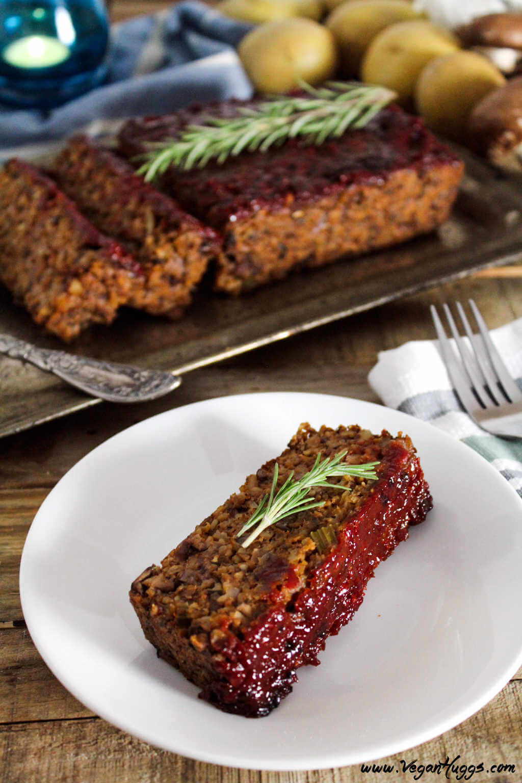 Vegan Mushroom-Walnut Loaf // | The Green Loot #vegan #MeatlessMonday #dairyfree
