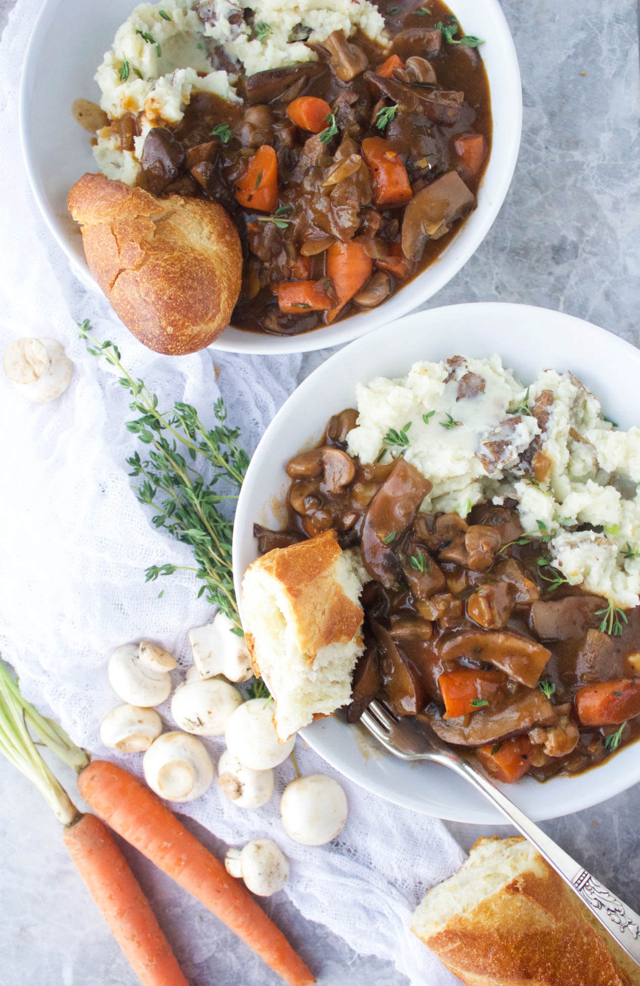 Vegan Mushroom Bourguignon // A hearty stew and fresh bread can do miracles to an exhausted and hungry body. | The Green Loot #vegan #mushroom