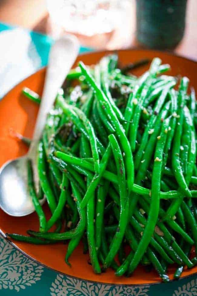 Skillet Garlic Green Beans