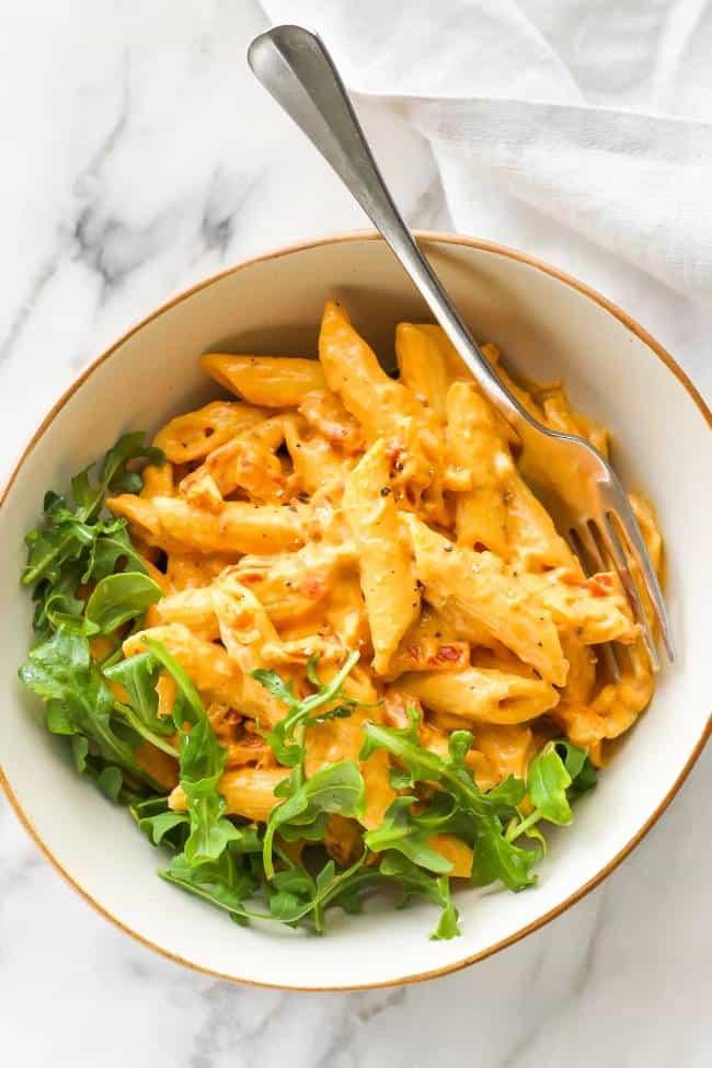 Creamy Spicy Sun-dried Tomato Pasta