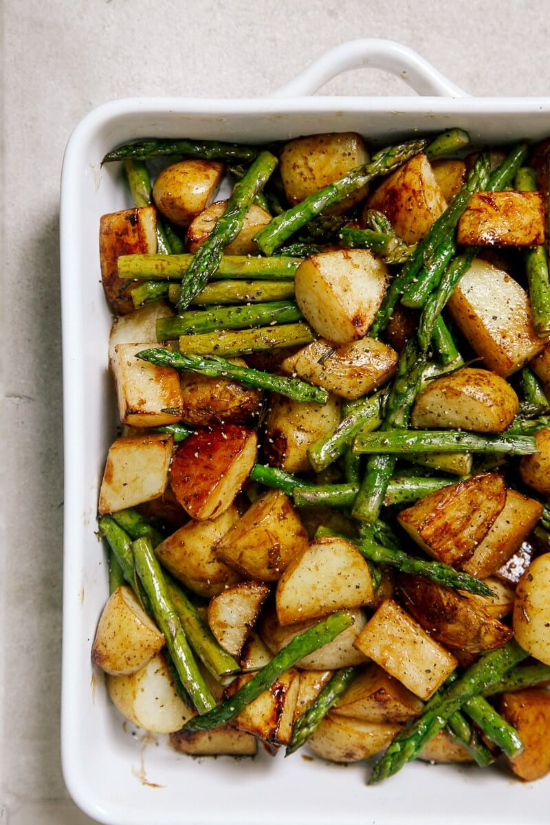 Vegan Balsamic Roasted New Potatoes with Asparagus