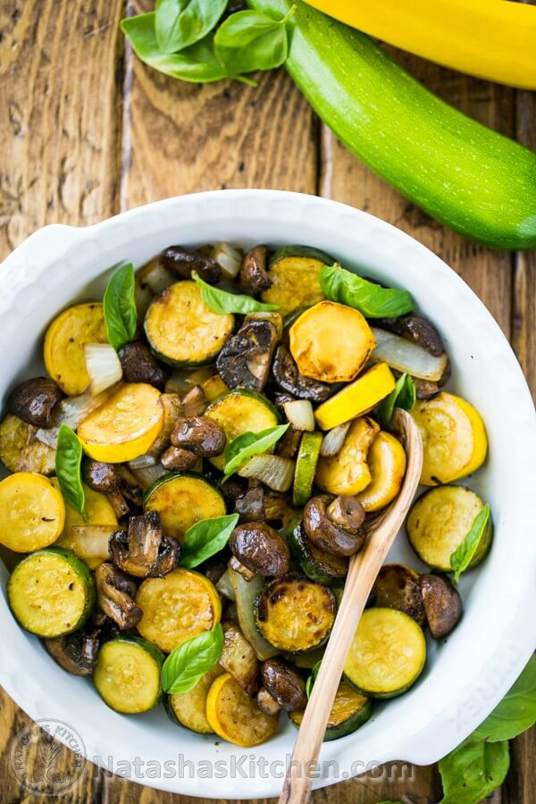 Vegan Grilled Zucchini and Mushrooms