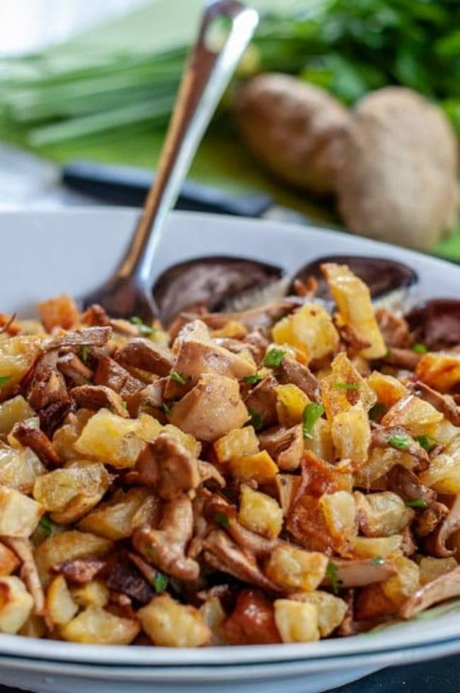 Chanterelle Mushrooms with Potatoes