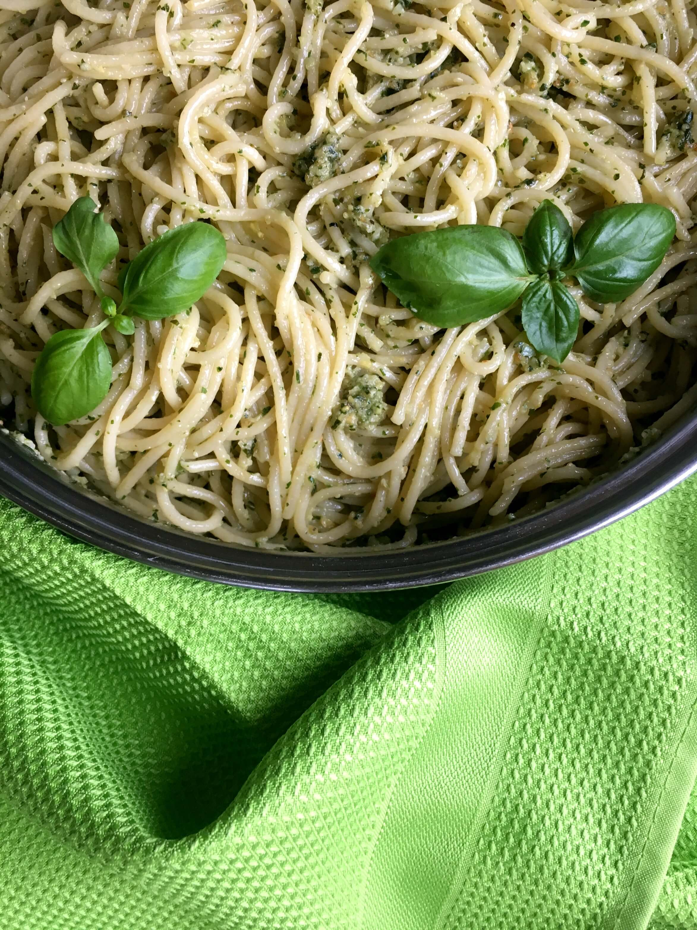 This vegan Basil Pesto Pasta recipe is a super flavorful dinner that you can make in 20 minutes. The fresh basil leaves make this Italian dish a healthy and tasty meal. Beginner-friendly! | The Green Loot #vegan