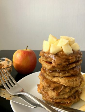 "These vegan and clean eating Apple Oat Pancakes with ""caramel"" are super delicious. They are the perfect healthy and filling breakfast you need to start your morning the best way possible. 