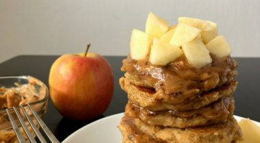"""These vegan and clean eating Apple Oat Pancakes with """"caramel"""" are super delicious. They are the perfect healthy and filling breakfast you need to start your morning the best way possible. 