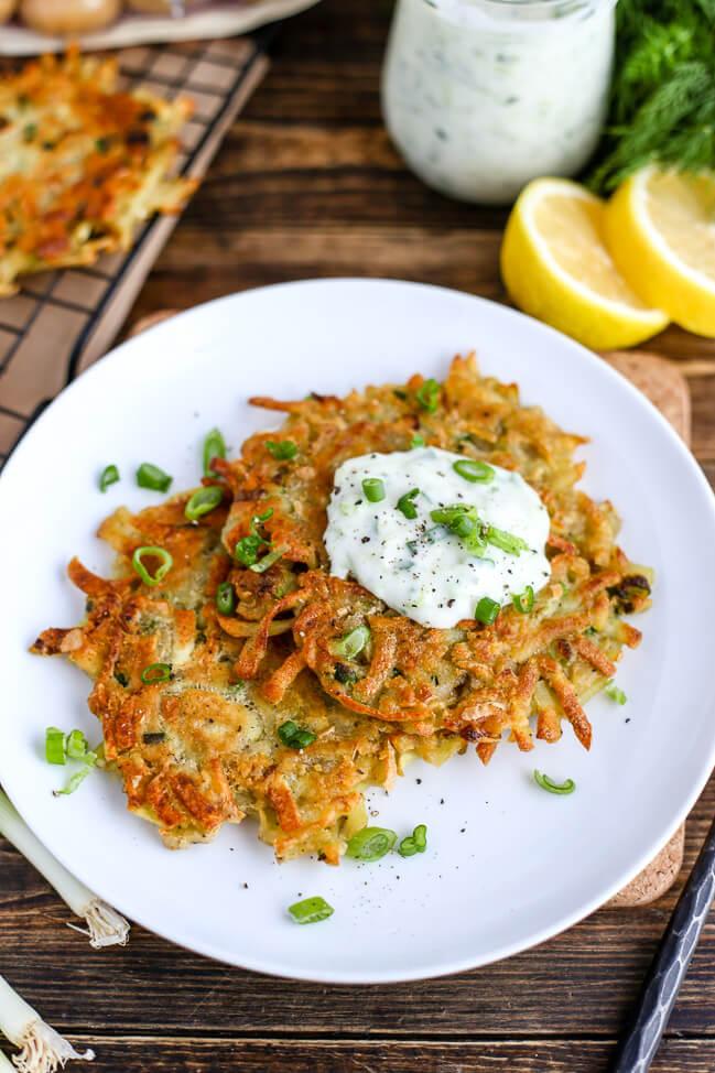 Vegan Potato Pancakes (Latkes) | The Green Loot #vegan #brunch