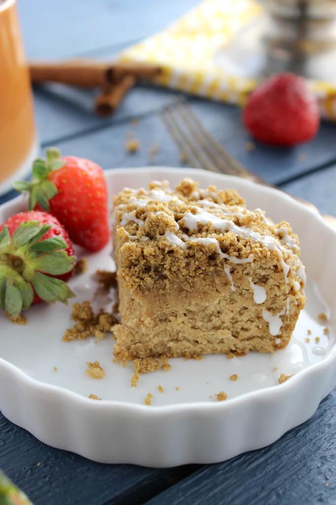 Vegan Coffee Cake | The Green Loot #vegan #brunch