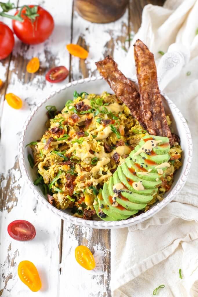 Vegan Breakfast Scramble Bowl | The Green Loot #vegan #brunch