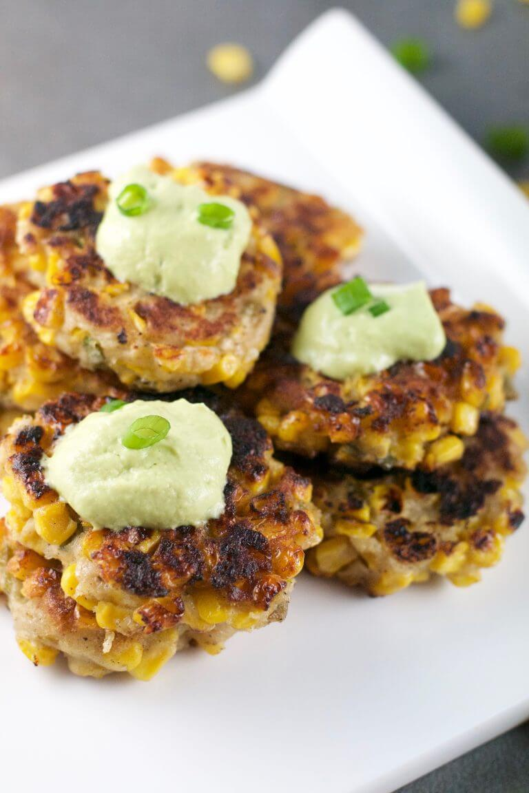 Vegan Corn Jalapeno Fritters // Instead of just serving corn on the cob, make these awesome, crunchy, jalapeno fritters. | The Green Loot #vegan #summer