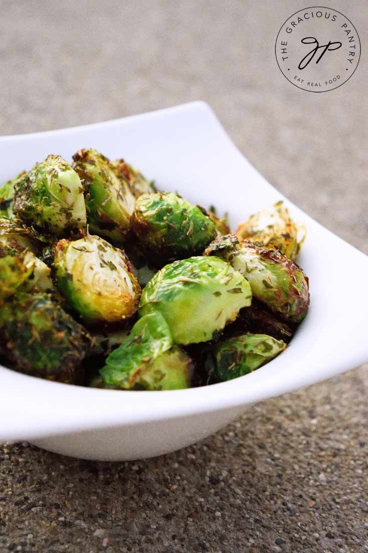 Vegan Roasted Brussels Sprouts // | The Green Loot #vegan