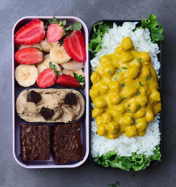 Vegan Curry Rice and Cookie Dough | The Green Loot #vegan #bento