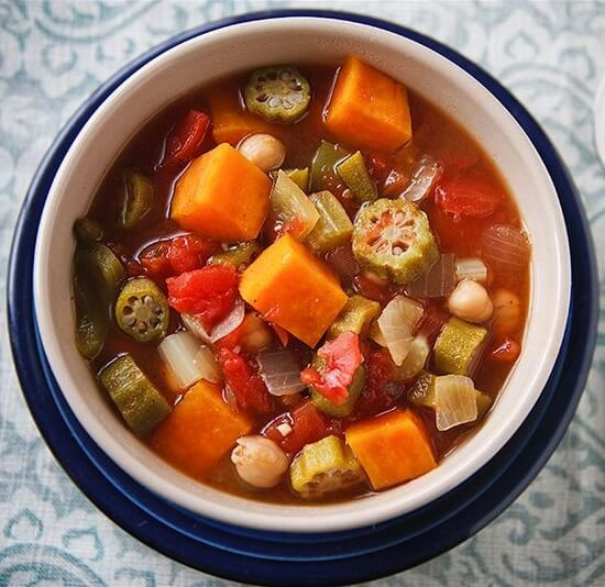 Vegan Sweet Potato, Okra, Chickpea Gumbo | The Green Loot #vegan