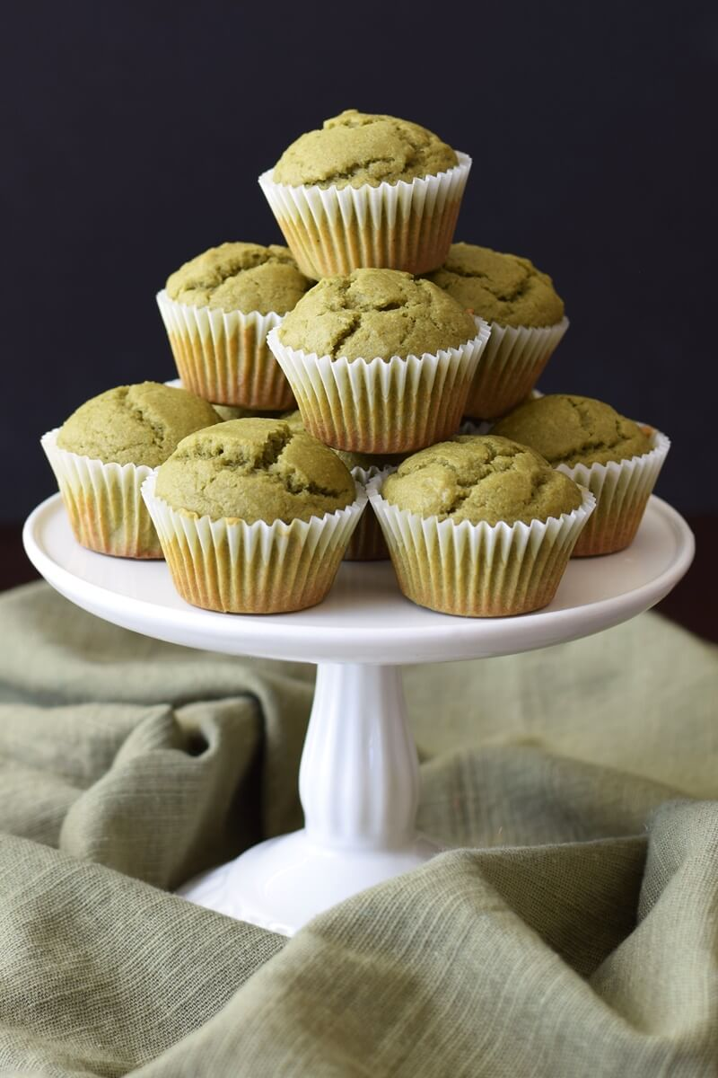 Vegan Matcha Latte Mini Muffin | #vegan