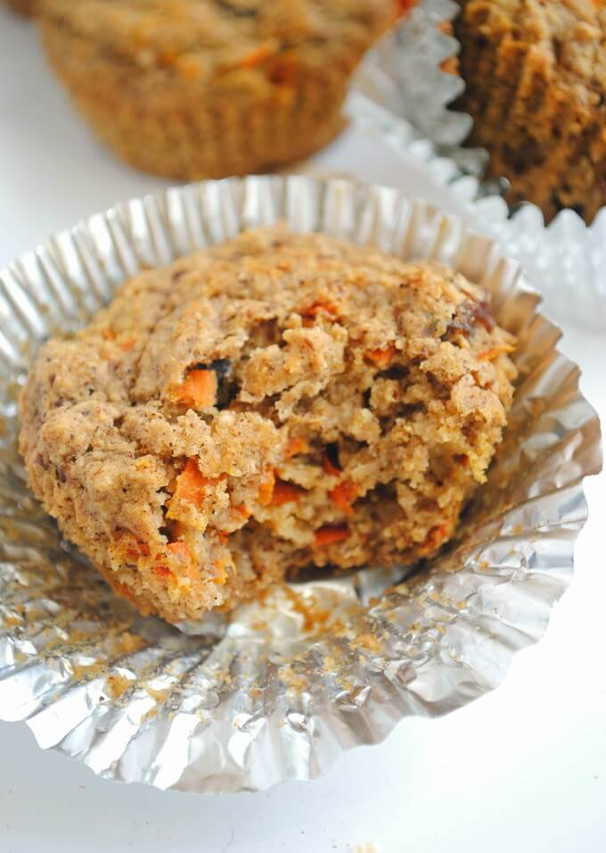 Vegan Carrot Cake Oat Muffin