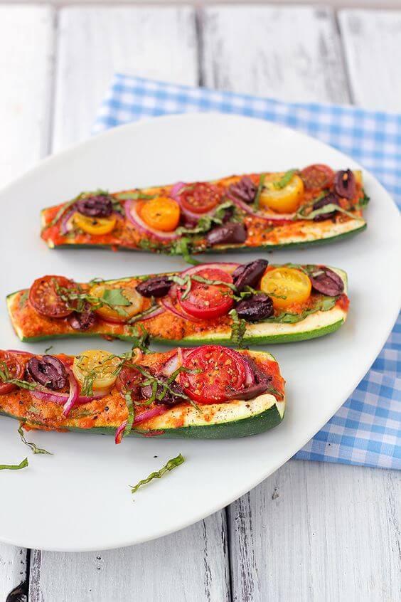 Vegan Zucchini Pizza Boats | #vegan