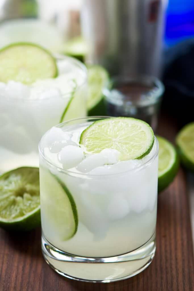 Vegan Skinny Champagne Margarita | #vegan