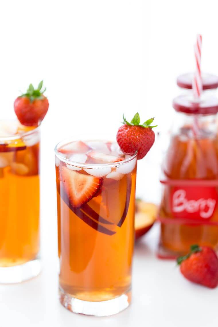 Vegan Strawberry Peach Iced Tea