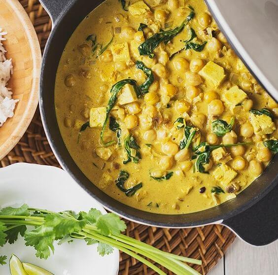 Vegan Chickpea, Tofu and Spinach Curry