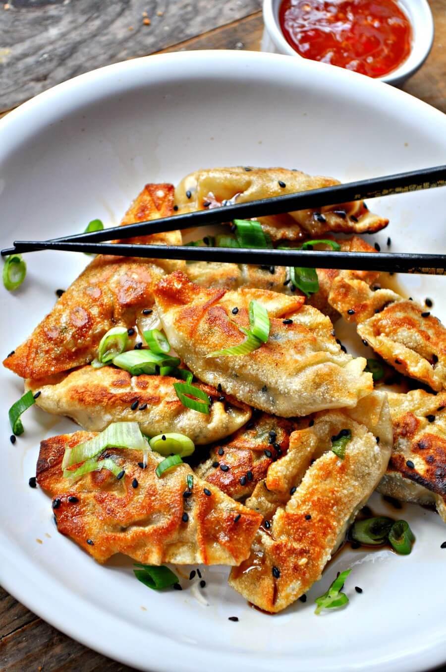 Vegan Sesame Tofu Dumplings | The Green Loot #vegan #tofu