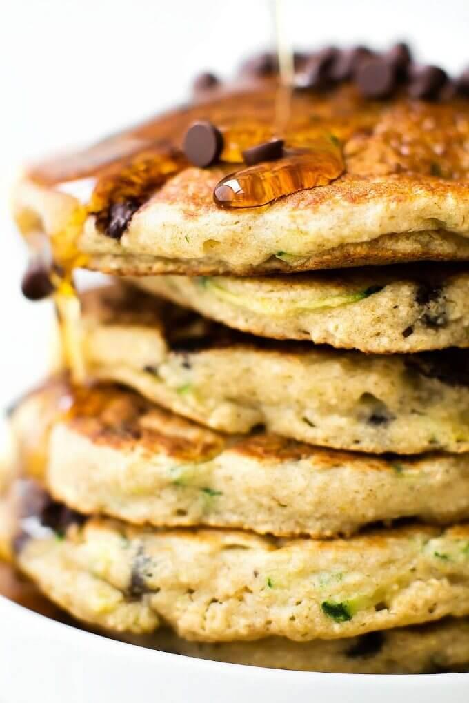 Vegan Flourless Zucchini Bread Pancakes | #vegan