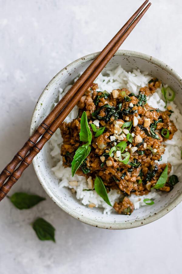 Vegan Thai Basil Tempeh Stir-fry | #vegan