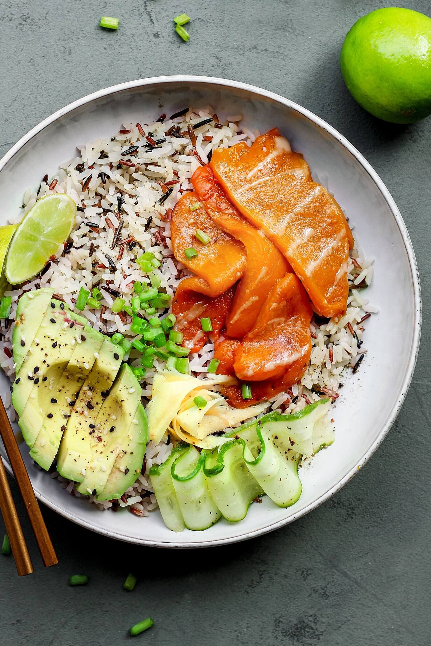 Vegan Sushi Bowls with Vegan Smoked Salmon | #vegan #sushi